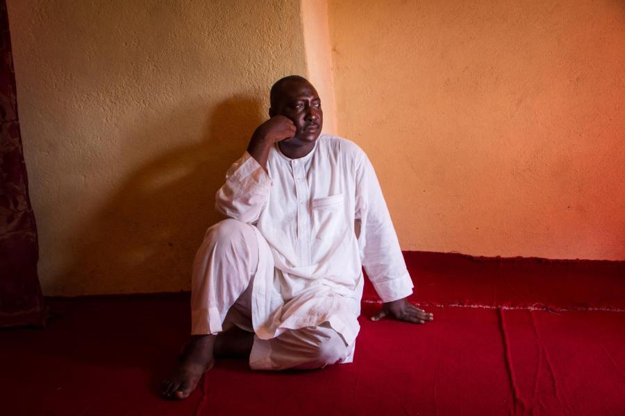 Ein Mitarbeiter des Interfaith Mediation Centres in Kaduna, Nigeria: Hier arbeiten Christen und Muslime gemeinsam gegen die Gewalt