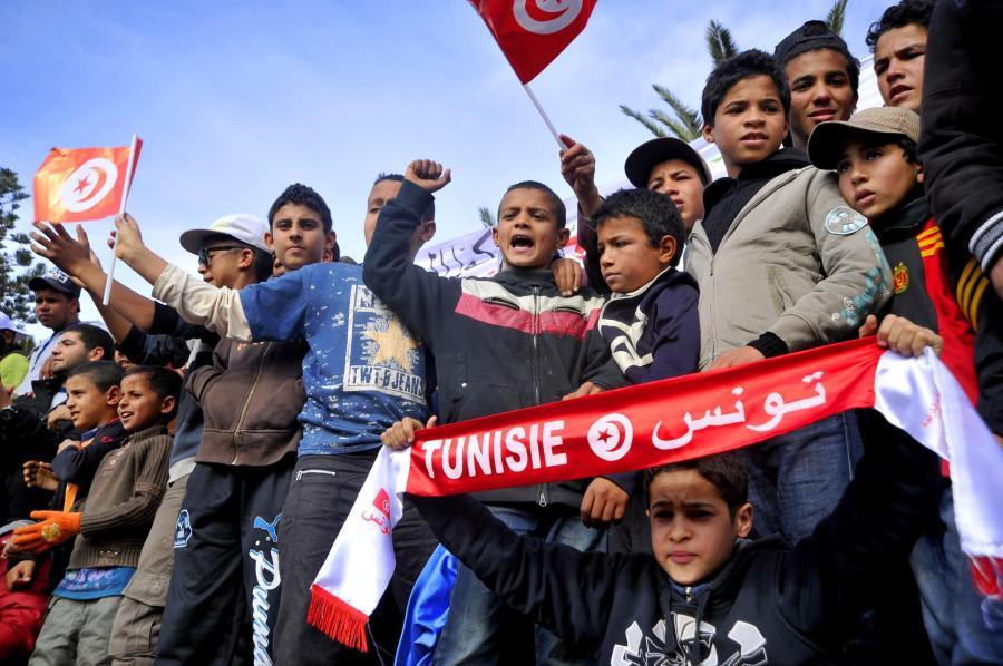 Besonders junge Demonstranten in Tunesien