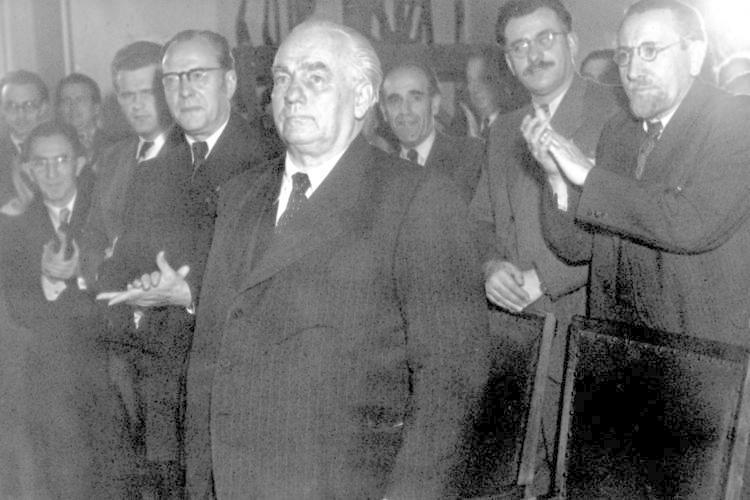 ... Wilhelm Pieck, 1949 bis zu seinem Tode 1960 der erste und einzige Präsident der DDR, und ...