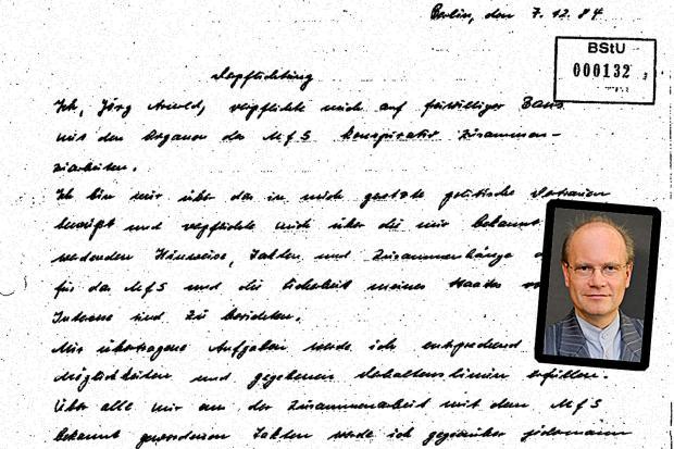 <br /><br /><br /><br /><br /><br /><br /><br /><br /><br /> Die Verpflichtungserklärung des Strafrechts-Forschers Jörg Arnold von 1984 mit einem Porträtfoto von der aktuellen Website des Max-Planck-Instituts für internationales Strafrecht<br /><br /><br /><br /><br /><br /><br /><br /><br /><br />