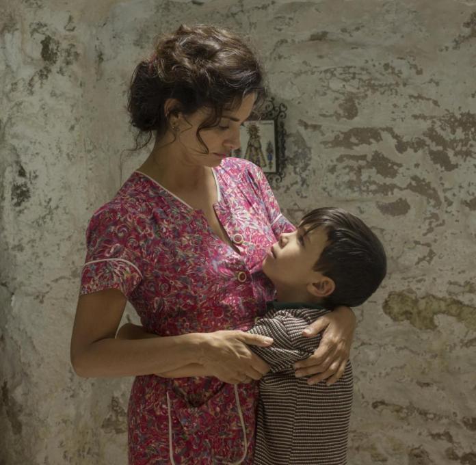 Grâce énergique: Penelope Cruz en tant que mère dominante