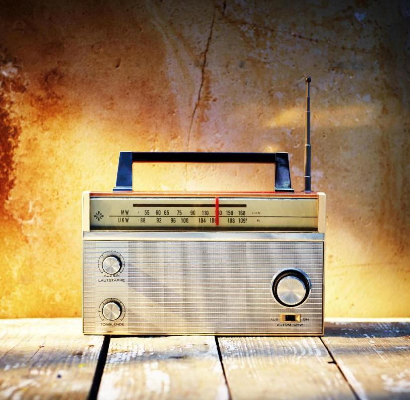 Over 90 percent of German households still have at least one old FM radio