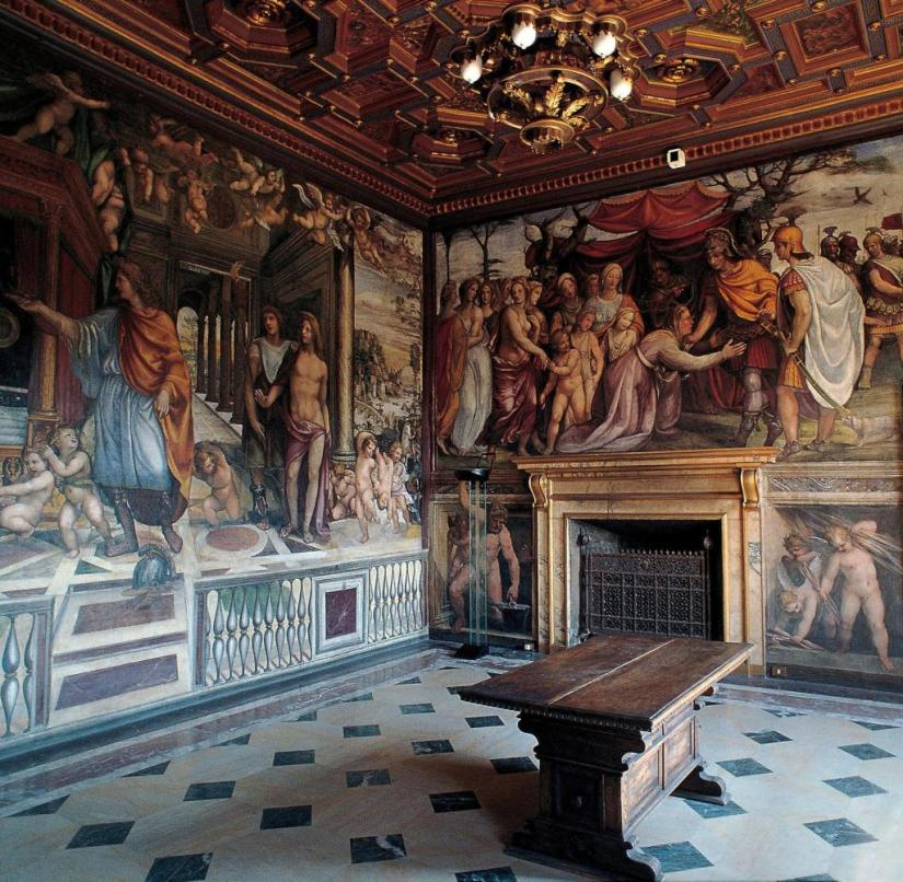 Interior shot of Villa Farnesina in the Italian capital Rome (undated), which is decorated, among other things, with Raphael's frescoes.  It was built as a country villa for Agostino Chigi, the powerful banker under Julius II.  |  Use worldwide