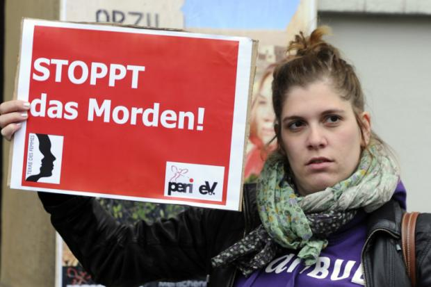 Lange Haftstrafen für Geschwister von ermordeter Kurdin
