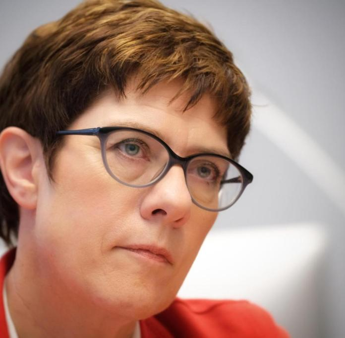 Invokes a political dispute with German environmental aid: the leader of the CDU party, Annegret Kramp-Karrenbauer