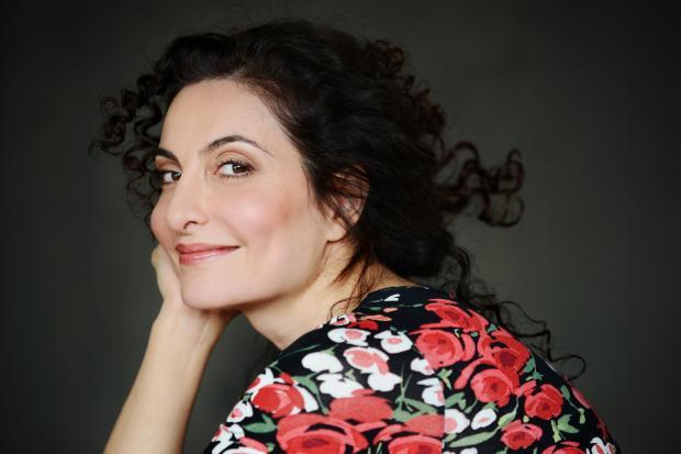 """Proschat Madani spielt eine Hauptrolle in der Polizeiserie """"Der letzte Bulle"""""""