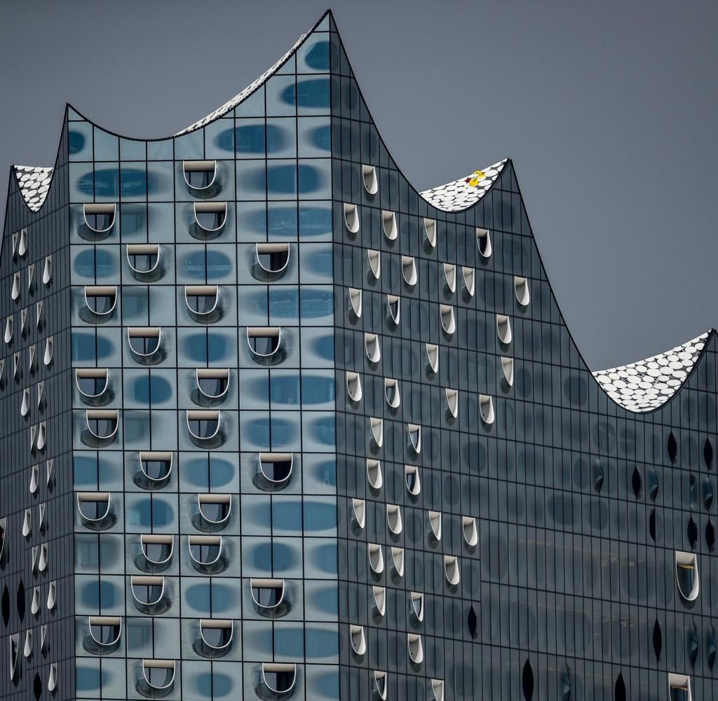 Immobilien Elbphilharmonie Wo Ein Quadratmeter 38 600 Euro Kostet Welt