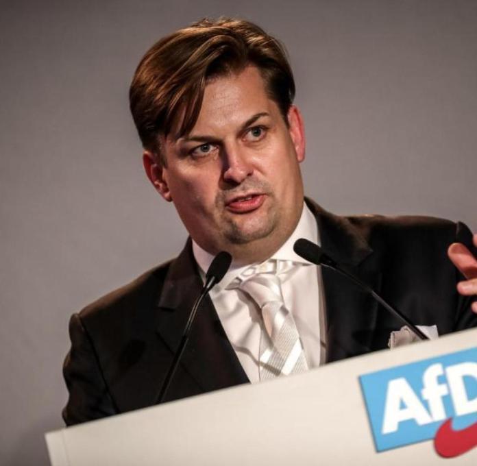 Maximilian Krah: AfD-Europakandidat managte Millionentransaktionen für  Piusbrüder - WELT