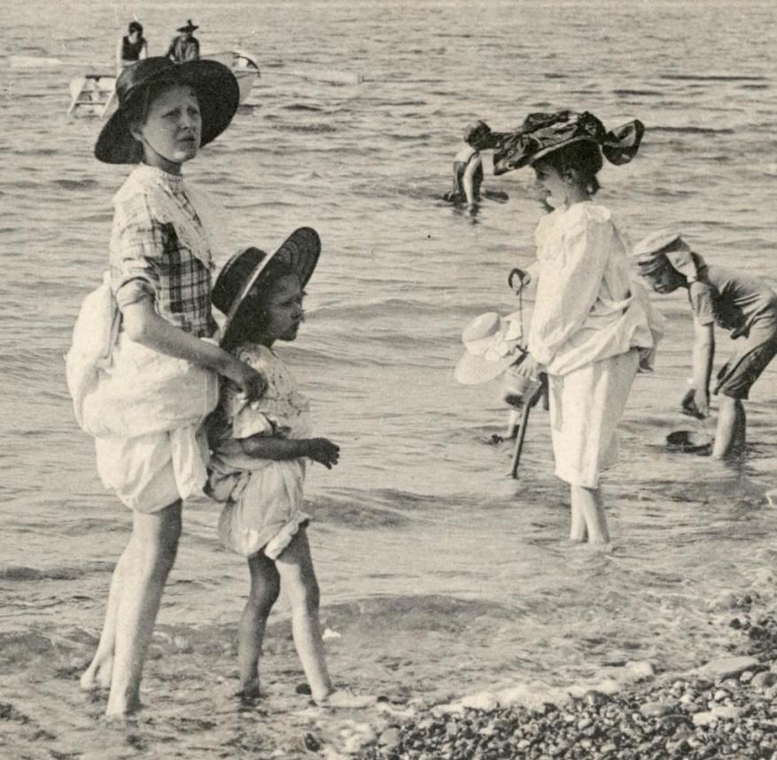 Bathers in Dieppe (France)