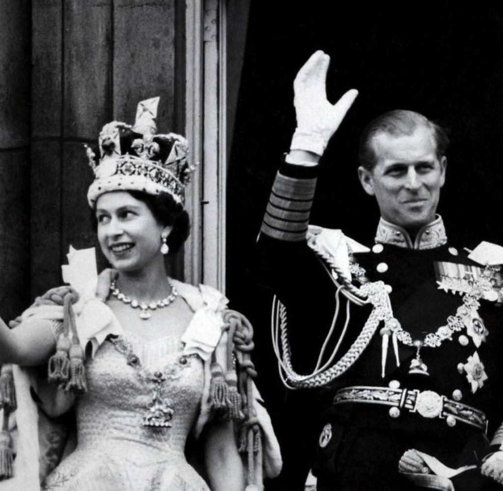 1954 Royal Tour Of Australia Queen Elizabeth Ii And Prince