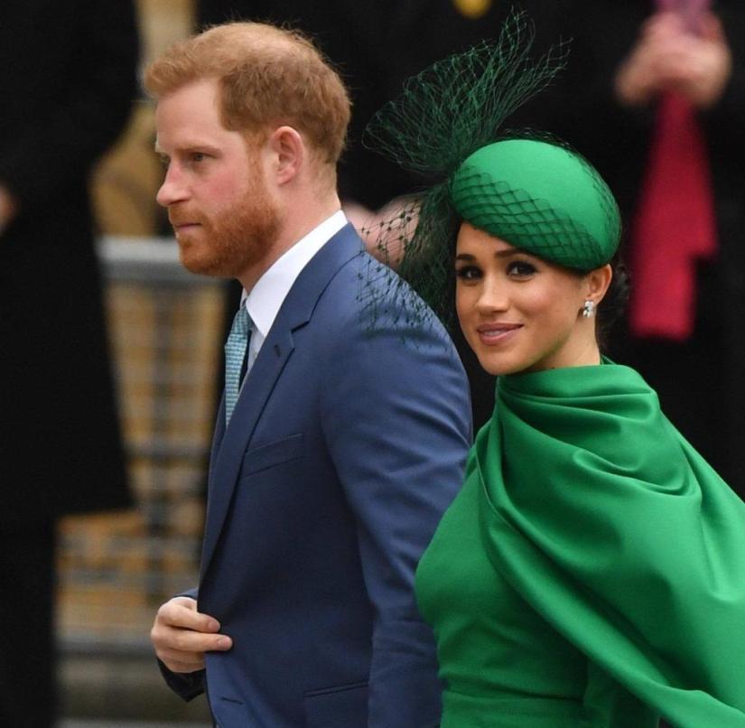 Sentiment suivi par les tabloïds: le prince Harry et Meghan