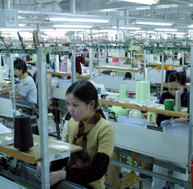 Textile factory in China: does Corona mean the end of cheap production in other countries?