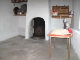 Ein Ofen zum Backen der dünnen Fladen