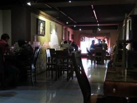 nettesEli- Cafe mit wifi, Flair, und richtig guter westlicher Musik. Ecke Valisarsr.89 /Keshavarz