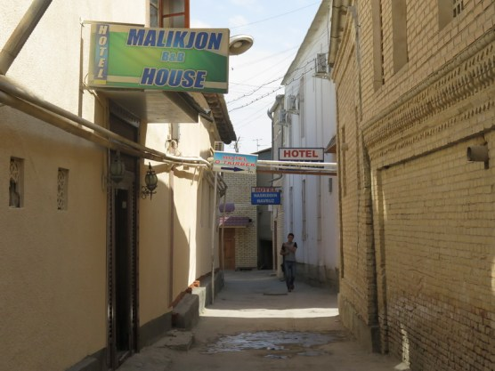 ein Hotel neben dem anderen
