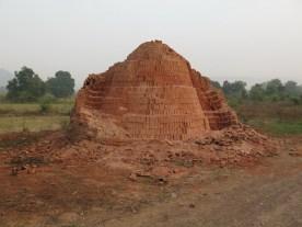Ziegelsteinlagerpyramide