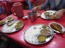 typisches indisches Essen: Thali