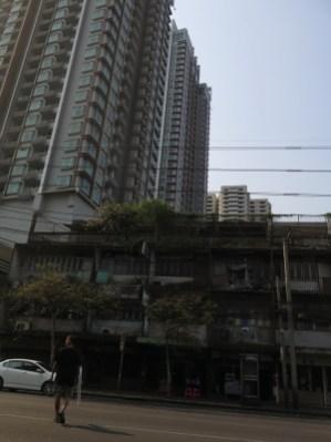 Typischer Gegensatz in Bangkok