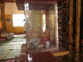 Jadebuddha erfüllt manche Wünsche- dafür gibts dann Dankesspenden