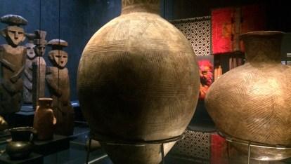 Chile-Santiago-MuseoPrecolombino-Vasen-Grabfiguren