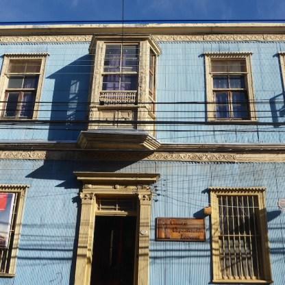 Chile-Valparaiso-blauesHaus