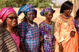 WeltreiseLogbuch-Senegal-Frauen-Kirche