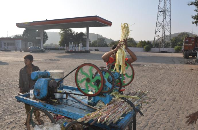 Zuckerrohrsaft am Straßenrand