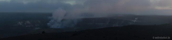 Big Island - Volcano - Krater (1)