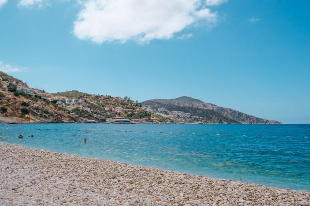 Der öffentliche Strand von Kalkan