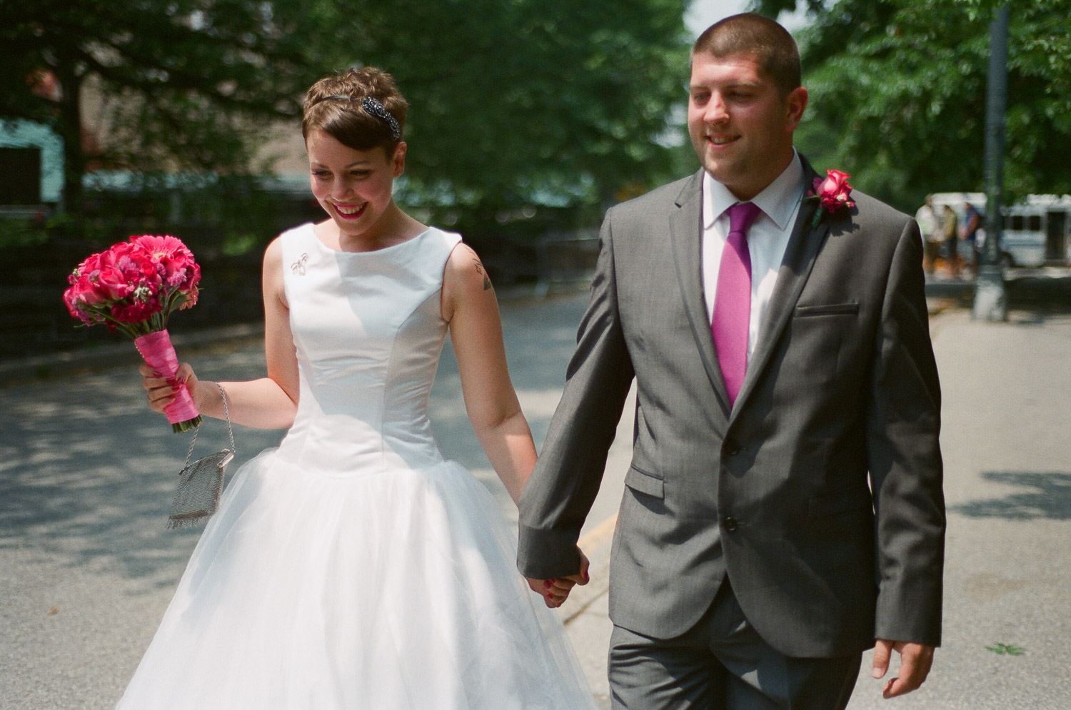 nyc central park mini wedding couple photo by wendy g photography
