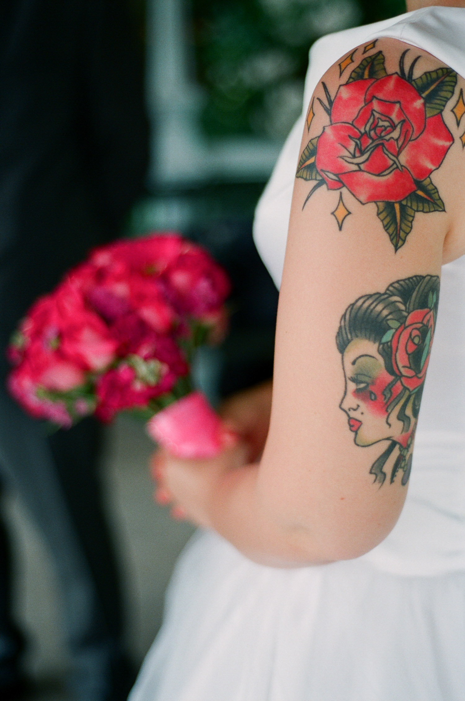 nyc central park mini wedding bride with tattoo photo by wendy g photography
