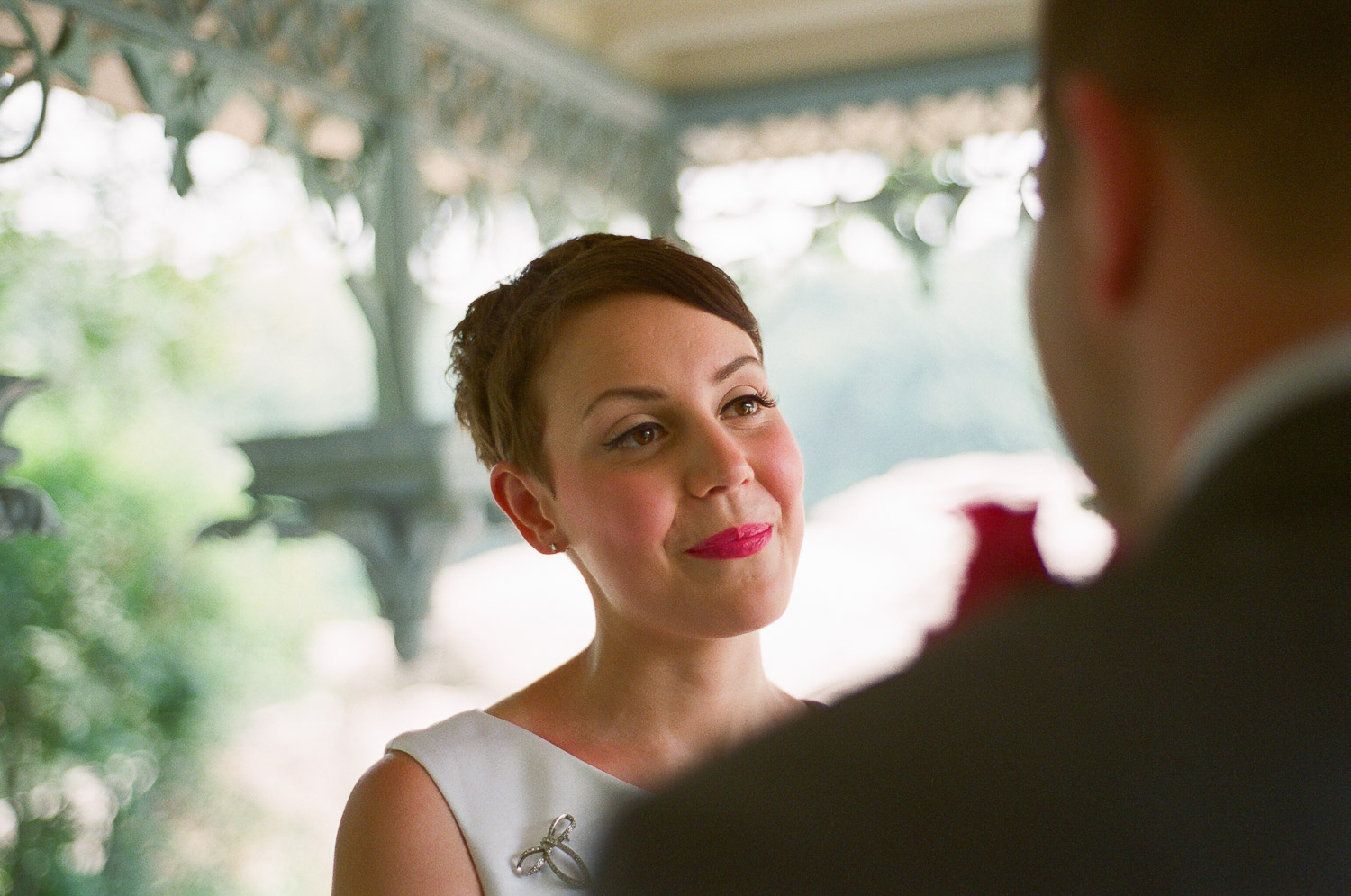 nyc central park mini wedding ceremony photo by wendy g photography