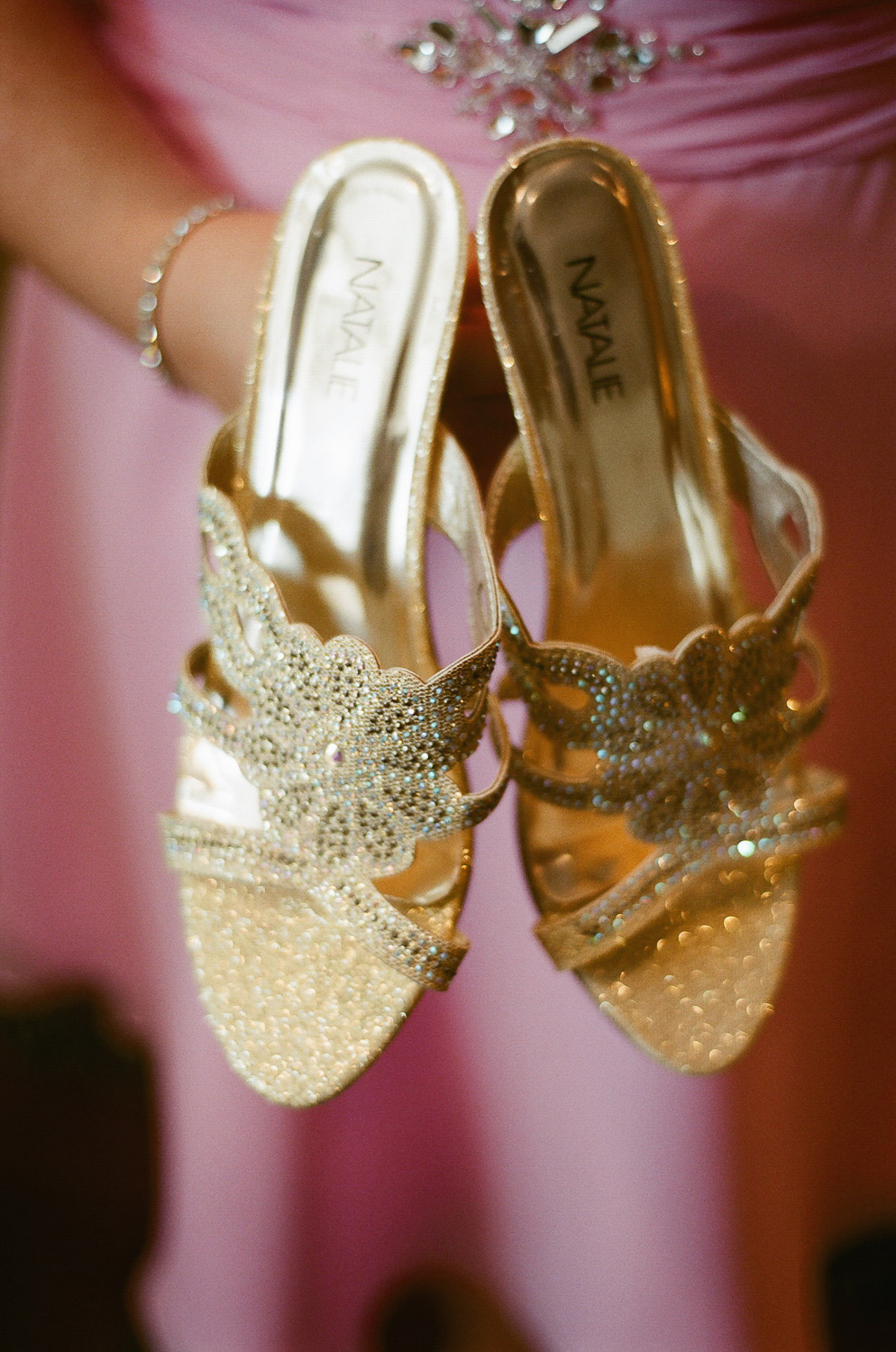 gold wedding shoes by wendy g photography