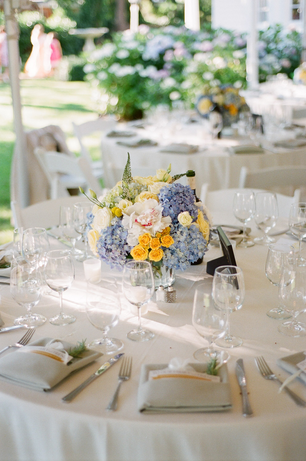 table setting at wedding in the hamptons