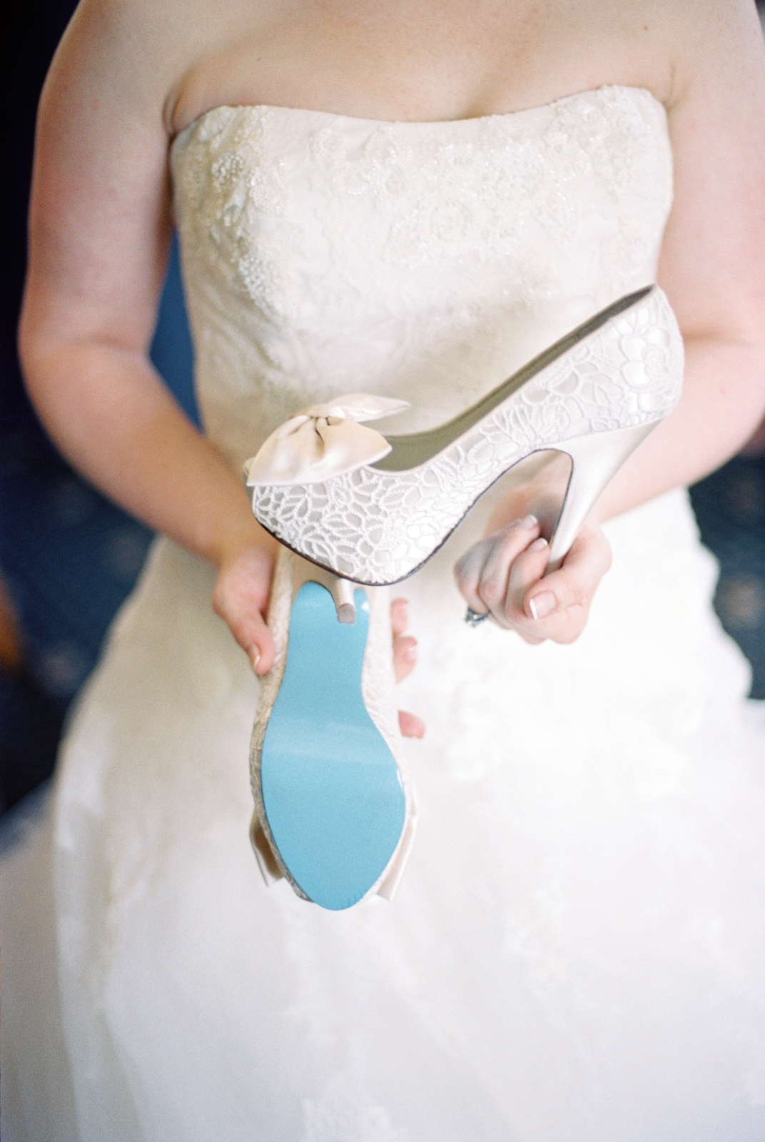 high heeled bridal shoes with tiffany blue sole