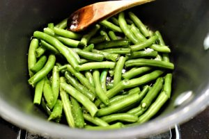 braised green beans with coconut milk