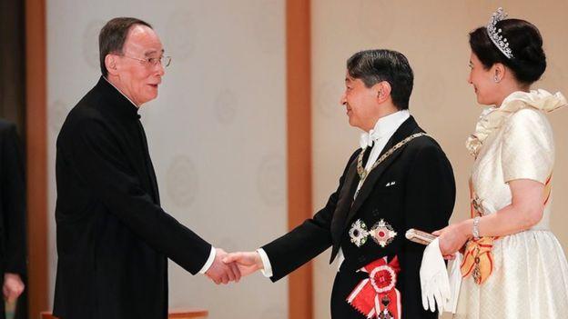 中国国家主席习近平特使、国家副主席王岐山赴东京出席于10月22日举行的德仁天皇即位庆典。