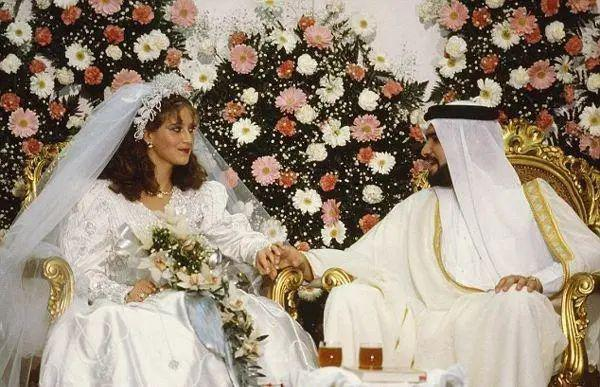 热衷近亲结婚的沙特王室 为啥后代都是正常人?
