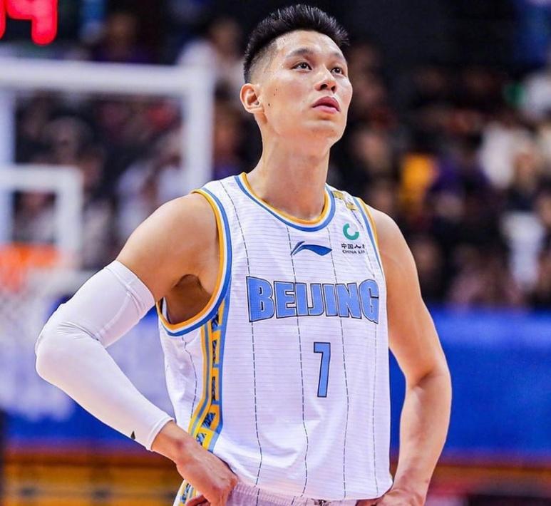 林书豪又决定回NBA了 中国网友没有难为他