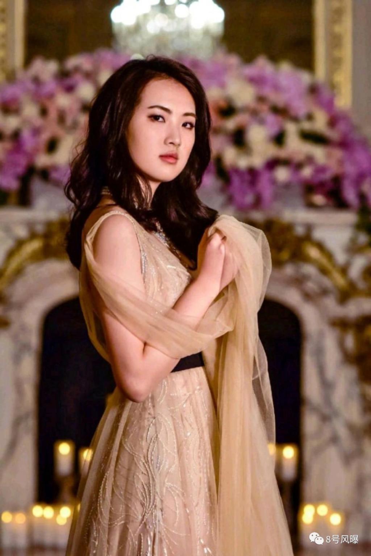 姚安娜又上热搜了 装公主的人 永远叫不醒…