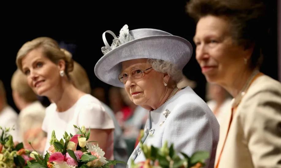 """英女王唯一""""原配""""儿媳 嫁王室20余年 靠懂事搞定婆婆?"""