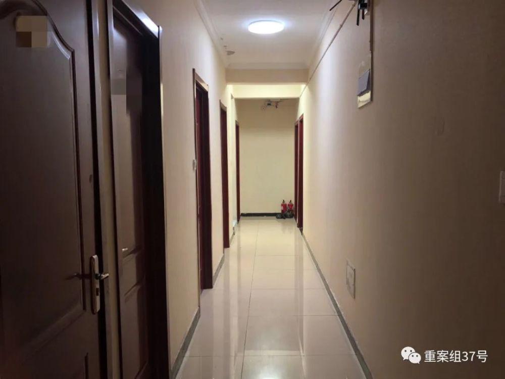 肿瘤患者因医院无床位租住居民区 楼门口现大量诅咒文字