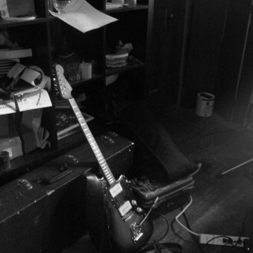 Tynan's Guitar - Recording 'Call Me When You're Single' - January 6-13, 2011