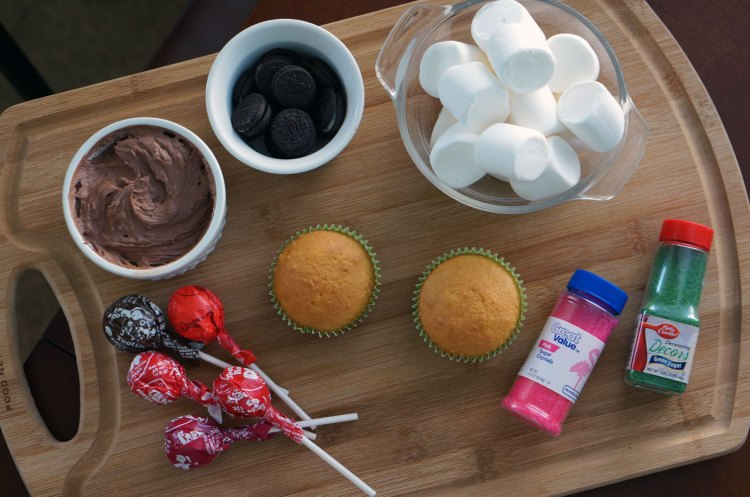 lollipop-flower-cupcake-ingredients