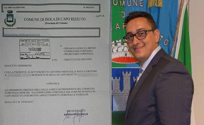 Isola di Capo Rizzuto, si dimette il presidente del Consiglio comunale