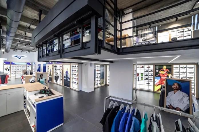 Mizuno apre il suo primo negozio monomarca in Europa