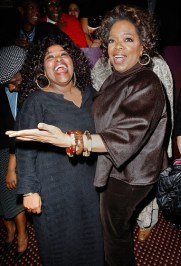 Oprah in 2008 with Chaka Khan