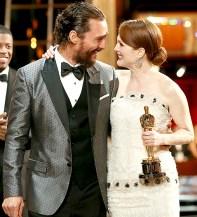 2014 Best Actor winner Matthew McConaughey congratulated Julianne Moore after her 2015 Best Actress win for Still Alice