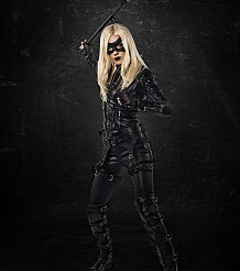 """Arrow -- """"Left Behind"""" -- Image AR310a_BTS_1335 -- Pictured: Katie Cassidy as Black Canary -- Photo: Ed Araquel/The CW -- �© 2014 The CW Network, LLC. All Rights Reserved"""