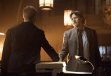 "GOTHAM: Detectives James Gordon (Ben McKenzie, L) and Harvey Bullock (Donal Logue, R) shake hands in the ""Lovecraft"" episode of GOTHAM airing Monday, Nov. 24 (8:00-9:00 PM ET/PT) on FOX. ©2014 Fox Broadcasting Co. Cr: Jessica Miglio/FOX"
